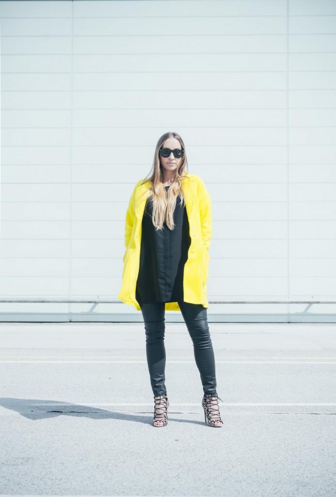 gelber-mantel-styling-tipp-fruehling