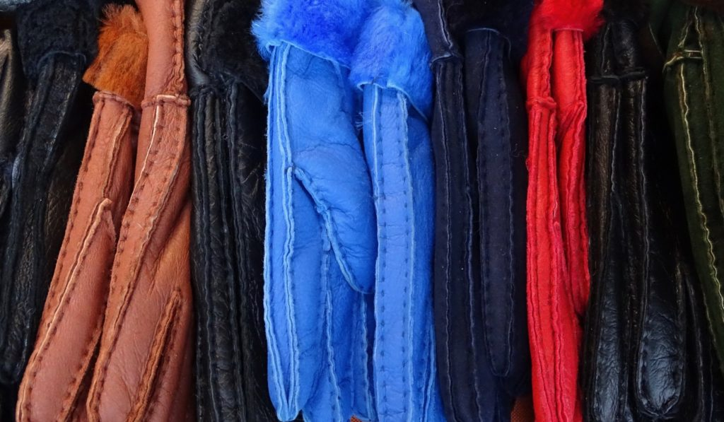 accessory-organization-closet