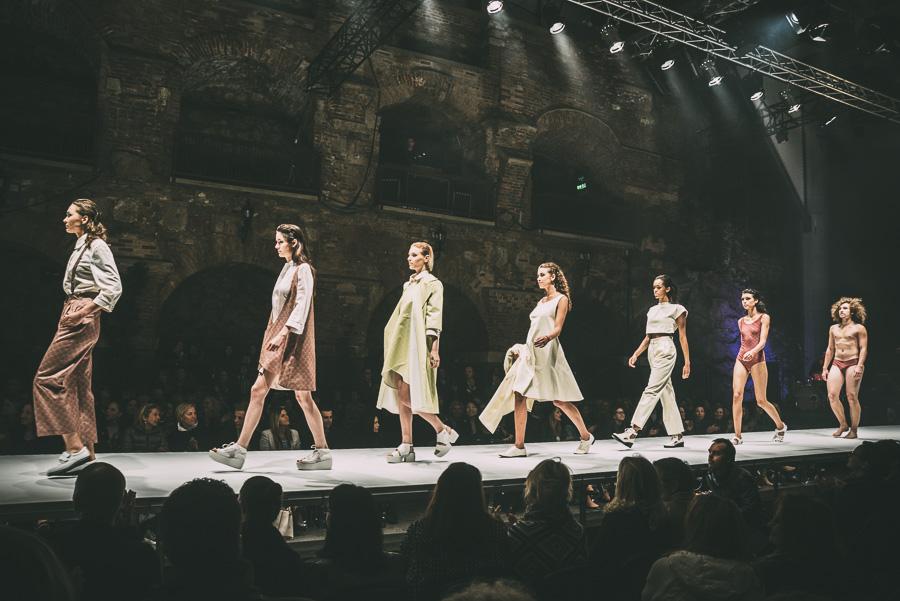 adutznd fashion