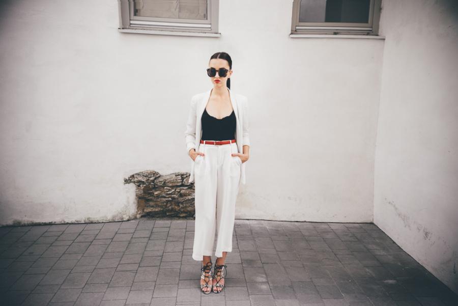 white suite purstyle fashion show