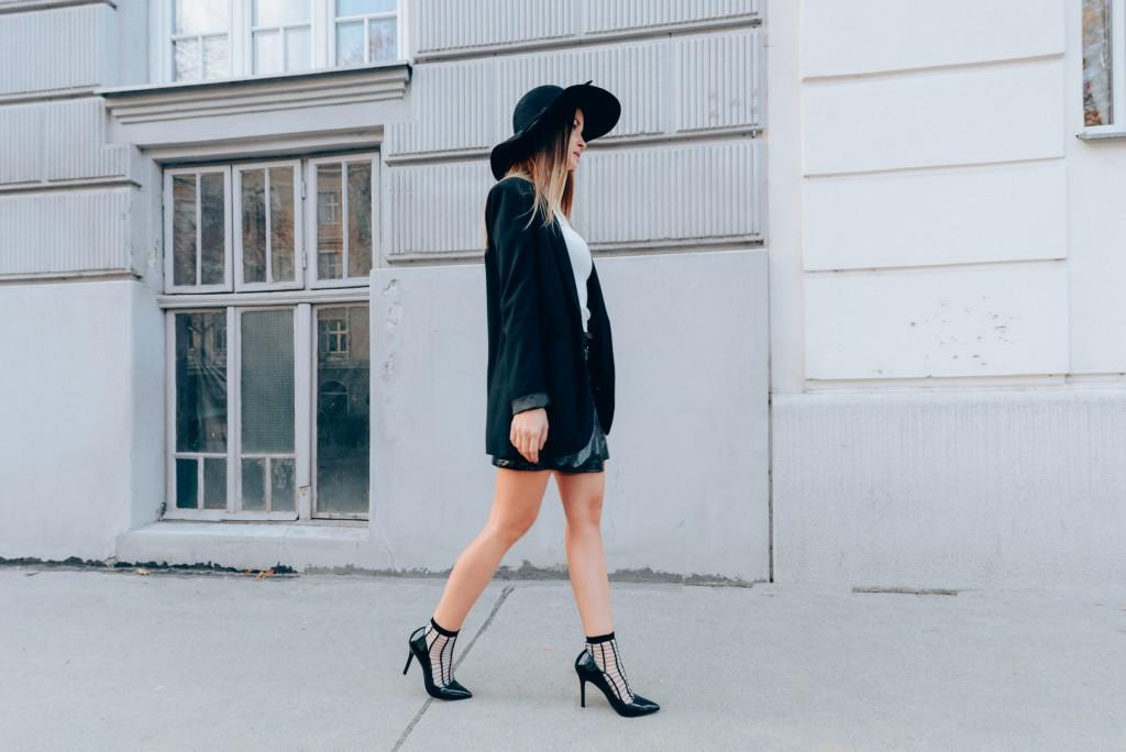 High,heels \u0026 socks